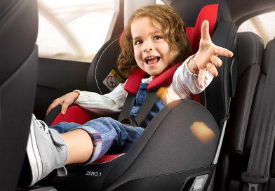 Уряд схвалив зміни до ПДР, які підвищують безпеку пересування дітей в автокріслах